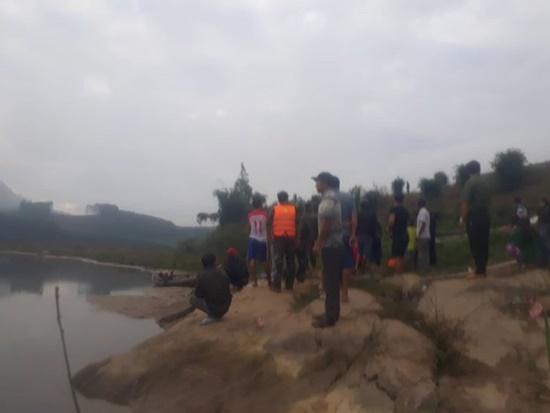 Tìm kiếm 2 trẻ nhỏ mất tích khi chơi cạnh bờ sông - Ảnh 1