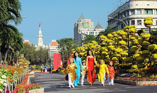 Dự báo thời tiết ngày 16/2: Miền Bắc mưa ẩm, Nam Bộ nắng ấm trong mùng 1 Tết - Ảnh 1