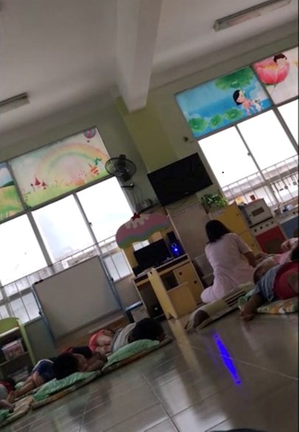 Phụ huynh tố giáo viên trường mầm non 30/4 bạo hành trẻ - Ảnh 1