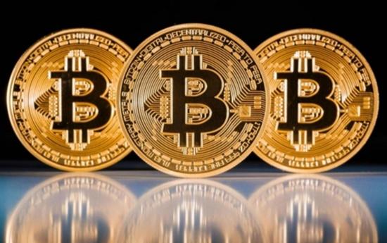 Giá Bitcoin hôm nay 21/4/2018: Tiếp tục leo dốc, hướng lên mốc 9.000 USD? - Ảnh 1