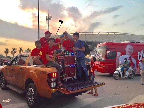 Trận Việt Nam- Malaysia (1-0): Chiến thắng ngọt ngào, Quang Hải toả sáng - Ảnh 3