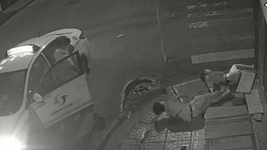 Tài xế Vinasun bỏ mặc nạn nhân sau tai nạn ở TP.HCM có thể bị truy cứu trách nhiệm hình sự - Ảnh 1