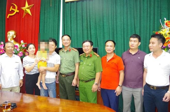 Công an Bắc Ninh thông tin chính thức vụ bé trai 2 tuổi bị bắt cóc ở công viên - Ảnh 1