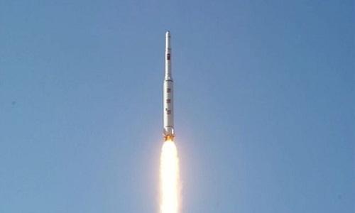 Triều Tiên lên kế hoạch phóng tên lửa lớn nhất từ trước đến nay - Ảnh 1
