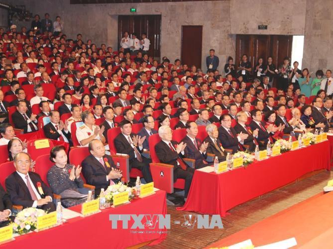 Lễ kỷ niệm 70 năm Ngày Chủ tịch Hồ Chí Minh ra Lời kêu gọi thi đua ái quốc - Ảnh 5