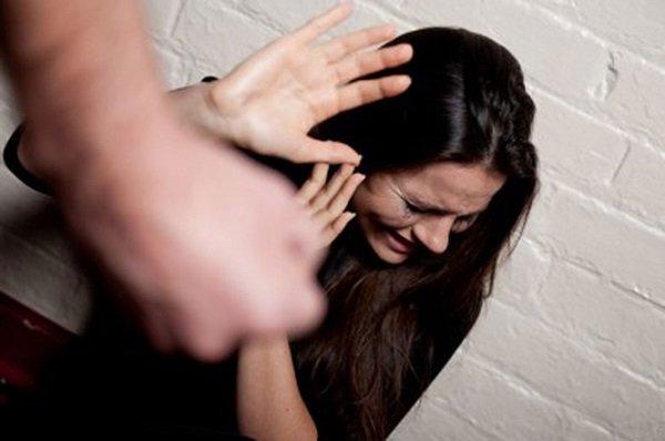 Tình ngay lý gian, tôi bị chồng đuổi khỏi nhà lúc 12h đêm - Ảnh 1