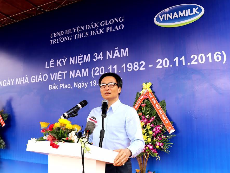 Vinamilk tiên phong mang chương trình sữa học đường đến với trẻ em Đắk Nông - Ảnh 1