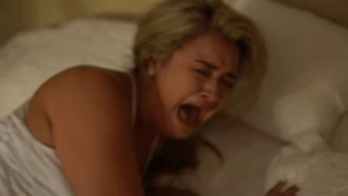 """Chàng trai thả rắn """"khủng"""" vào phòng ngủ khiến bạn gái khóc thét - Ảnh 2"""