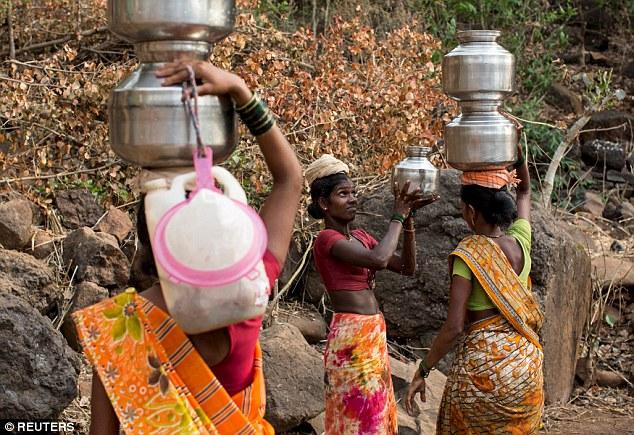 """Kỳ lạ: Ngôi làng mà đàn ông lấy nhiều vợ chỉ vì """"thiếu nước"""" - Ảnh 4"""