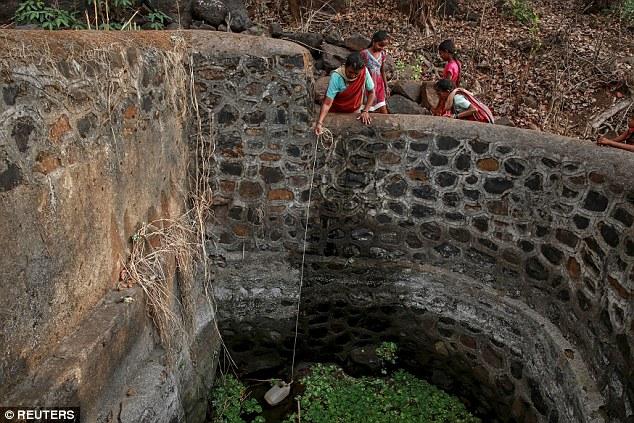 """Kỳ lạ: Ngôi làng mà đàn ông lấy nhiều vợ chỉ vì """"thiếu nước"""" - Ảnh 7"""