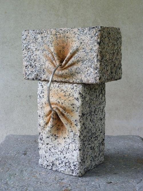 """Những tác phẩm điêu khắc cho thấy đá cũng rất … """"mềm mại"""" - Ảnh 3"""