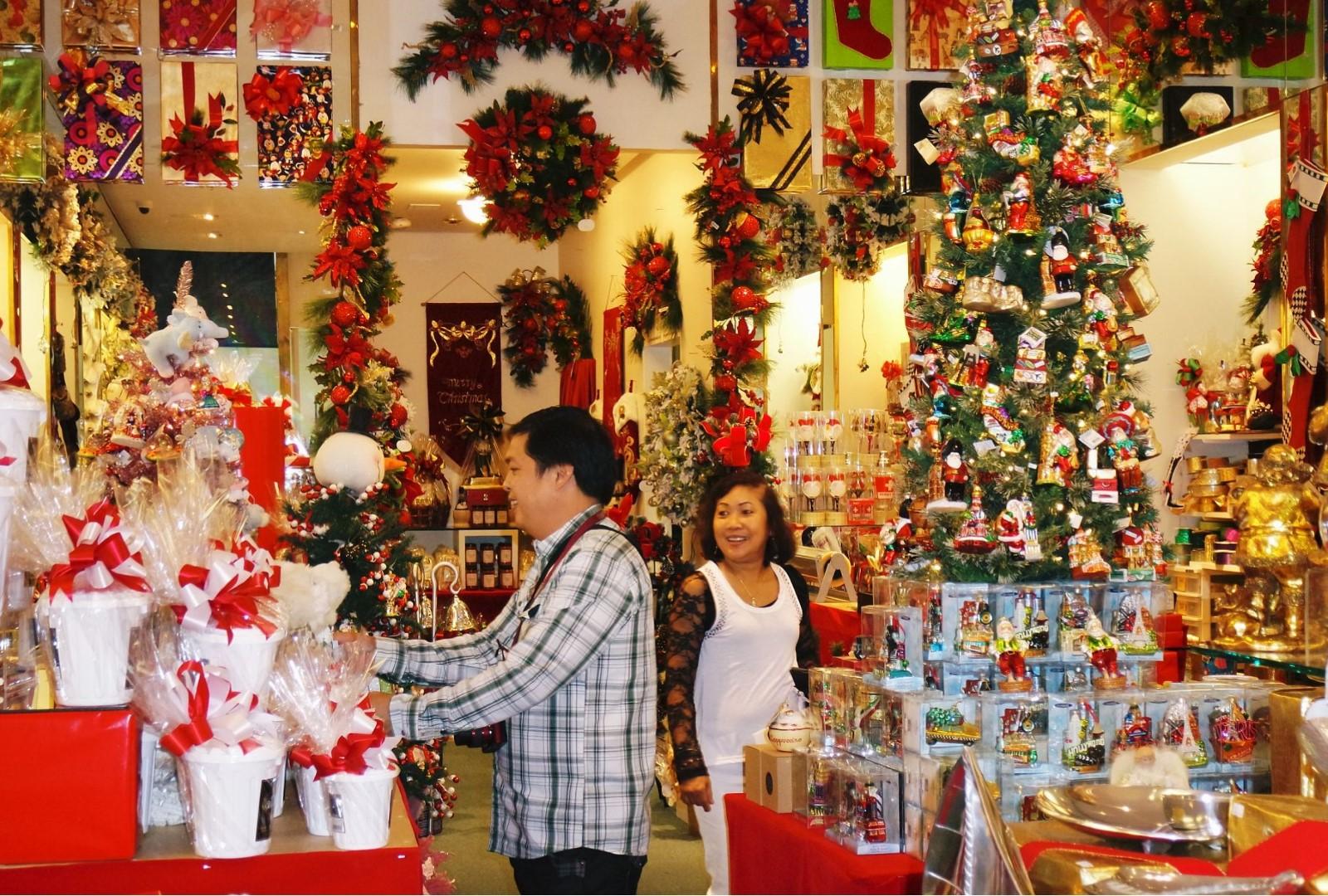 Địa điểm vui chơi Giáng sinh (Noel) 2016 tại Hà Nội hấp dẫn nhất - Ảnh 2