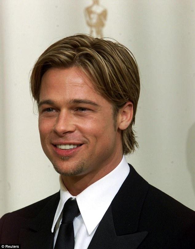 Hai anh em sinh đôi chi nửa tỷ đồng để gọt mặt giống Brad Pitt - Ảnh 3