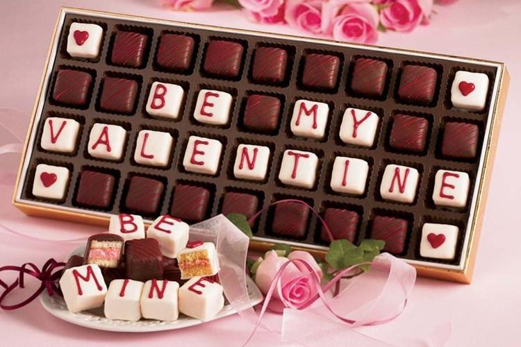 Lễ tình nhân 14/2: 7 gợi ý quà tặng Valentine cho người yêu ý nghĩa, lãng mạn nhất - Ảnh 1