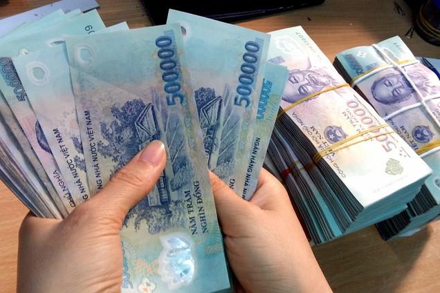 Từ 1/7, lương cơ sở chính thức tăng thêm 90.000 đồng - Ảnh 1