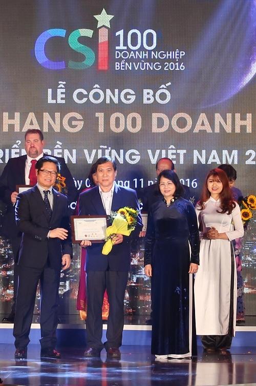 FrieslandCampina Việt Nam được vinh danh Top 10 doanh nghiệp bền vững 2016 - Ảnh 2