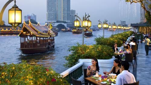 Du lịch Thái Lan vẫn tăng trưởng tốt dù vua băng hà - Ảnh 1