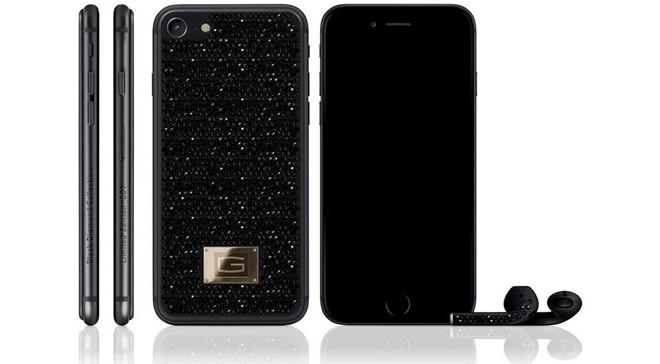 iPhone 7 gắn kim cương đen trị giá 11 tỷ đồng - Ảnh 1