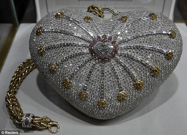Giới siêu giàu chi hơn 86 tỷ đồng cho chiếc túi xách kim cương đắt nhất thế giới - Ảnh 1