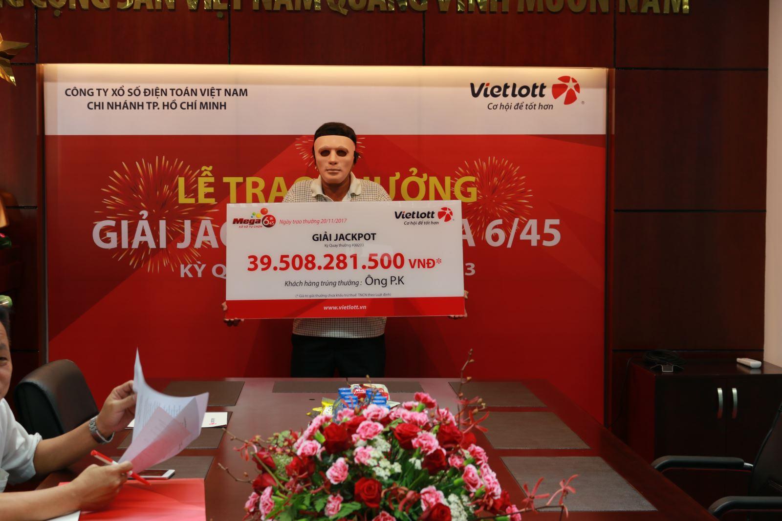 """Khách hàng Vietlott chờ """"ngày đẹp"""" lĩnh thưởng gần 40 tỷ - Ảnh 1"""