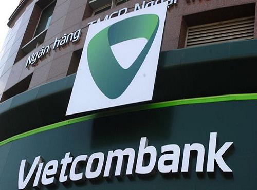 Vietcombank tiếp tục bán cổ phần OCB, thu về ít nhất 245 tỷ đồng - Ảnh 1