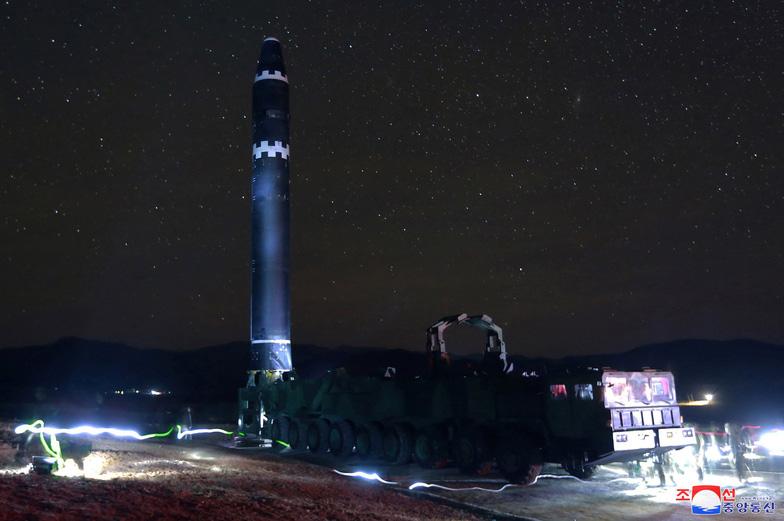 Những mâu thuẫn trong vụ thử tên lửa của Triều Tiên - Ảnh 2