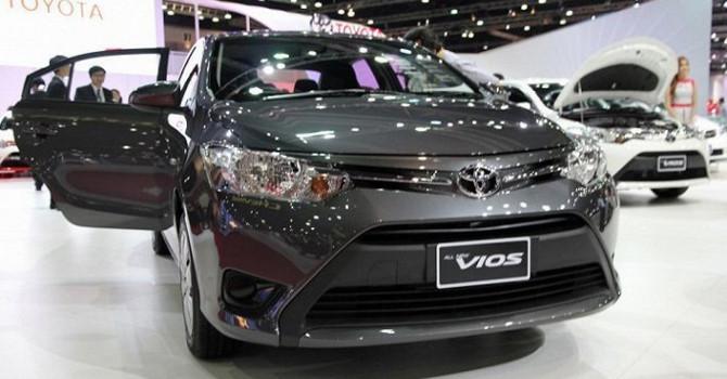 """Doanh số Honda CR-V, Toyota Fortuner sụt giảm mạnh dù đua nhau """"sập giá"""" - Ảnh 1"""