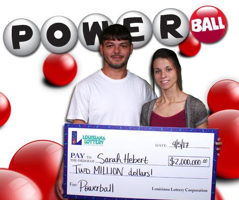 Bà mẹ 3 con trúng giải Jackpot hơn 45 tỷ nhờ chọn số theo sinh nhật người thân - Ảnh 1