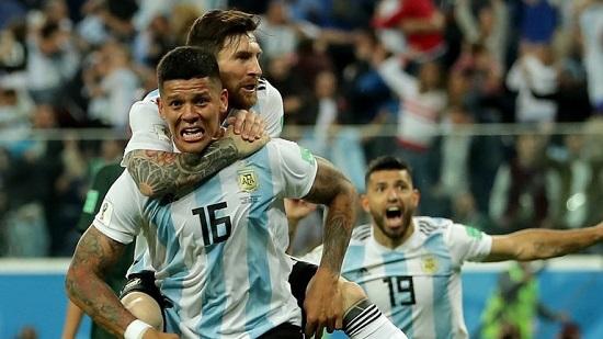 """Messi """"nổ súng"""", Argentina vượt qua """"khe cửa hẹp"""" tiến vào vòng 1/8 - Ảnh 1"""
