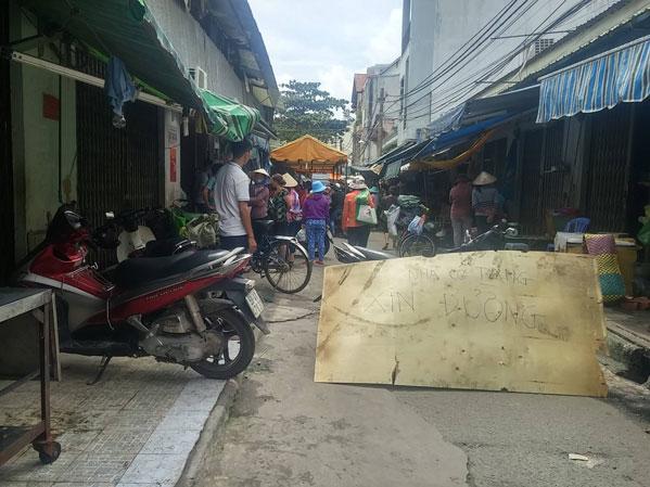 Điều tra vụ hỗn chiến ở chợ Tân Trụ khiến 2 người tử vong - Ảnh 1