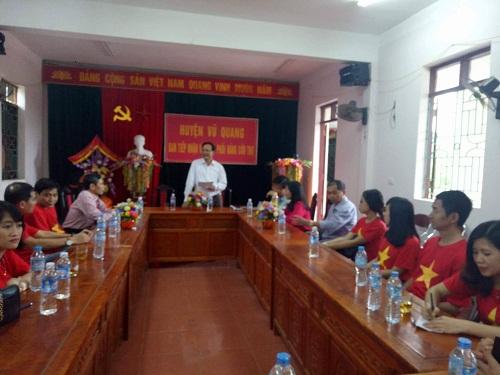 Hà Tĩnh: Huyện Vũ Quang cảm ơn báo ĐS&PL đã đồng hành cùng người dân vùng lũ - Ảnh 1