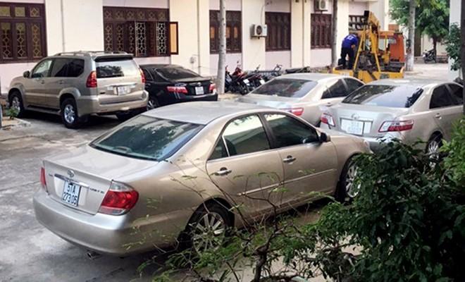 Bình Định bán đấu giá 8 ô tô bị tịch thu để sung công quỹ - Ảnh 1