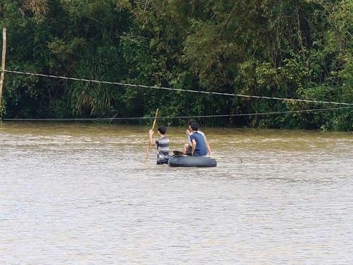 Quảng Nam: Tìm thấy thi thể 2 học sinh chết đuối khi đi bắt cá - Ảnh 1