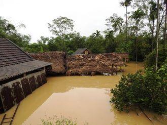 14 người chết, 5 người mất tích do mưa lũ tại các tỉnh miền Trung - Ảnh 2