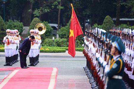 Lễ đón trọng thể Thủ tướng Nhật Bản Shinzo Abe tại Phủ Chủ tịch - Ảnh 1