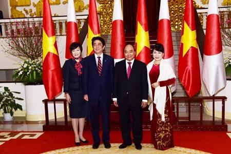 Lễ đón trọng thể Thủ tướng Nhật Bản Shinzo Abe tại Phủ Chủ tịch - Ảnh 8