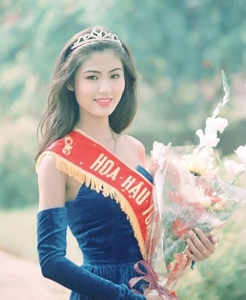 Bùi ngùi nhớ lại thời hoàng kim về danh tiếng và nhan sắc của Hoa hậu Việt  - Ảnh 2