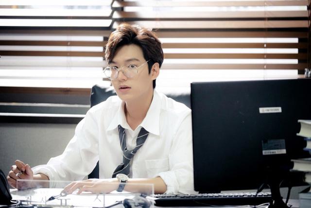 """""""Mọt phim Hàn"""" rộn ràng cả năm vì 5 nam diễn viên điển trai này - Ảnh 5"""