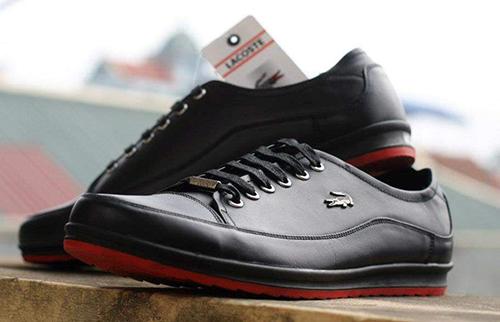 Chỉ bạn cách chọn giày Lacoste xịn, chuẩn hàng chính hãng - Ảnh 1