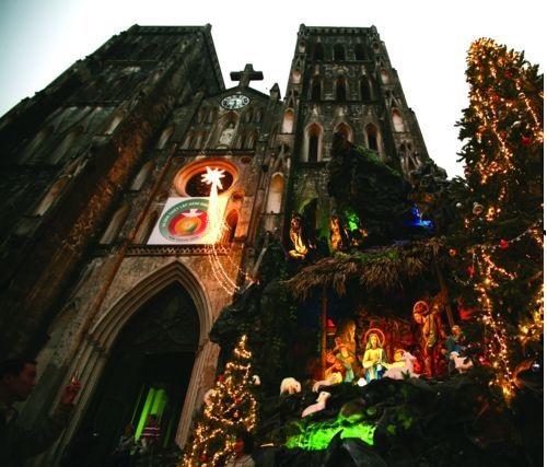 Top 5 địa điểm chụp ảnh Giáng sinh ở Hà Nội đẹp ngất ngây - Ảnh 3