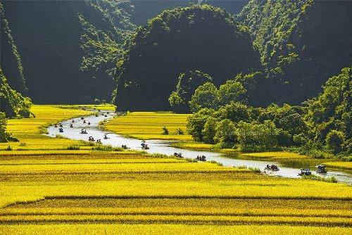 Top 4 địa danh du lịch ở Ninh Bình - vùng đất cố đô sơn thuỷ hữu tình - Ảnh 4