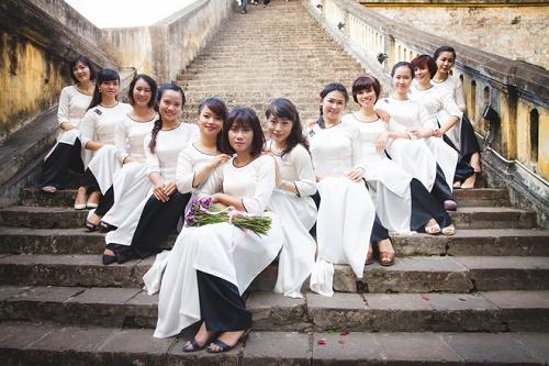 Top 4 địa điểm chụp ảnh áo dài ở Hà Nội cực đẹp - Ảnh 3