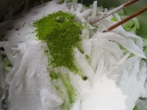 Cách làm mứt dừa bột trà xanh cực ngon - Ảnh 2
