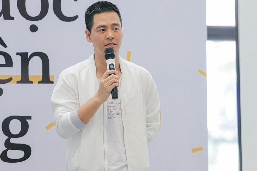 MC Phan Anh gây sốc khi tiết lộ từng bị lạm dụng tình dục - Ảnh 1