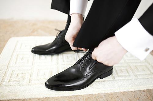 5 cách chọn giày cho chú rể trong ngày lễ vu quy phù hợp nhất - Ảnh 4
