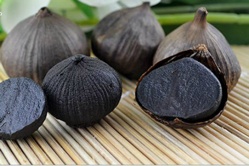 Mách bạn 4 cách dùng tỏi đen tốt nhất cho sức khỏe - Ảnh 2
