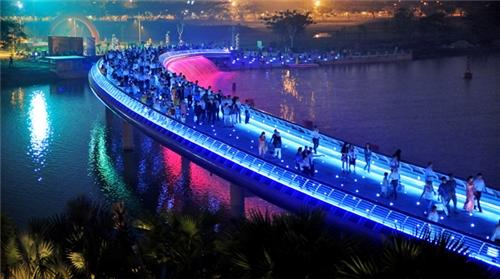 Top 5 địa điểm chơi Noel ở Sài Gòn bạn không nên bỏ lỡ - Ảnh 3