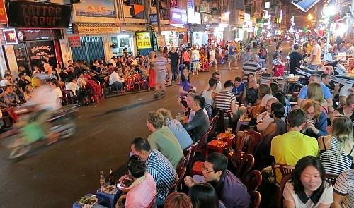 Những địa điểm phải đến ở Sài Gòn - Ảnh 3
