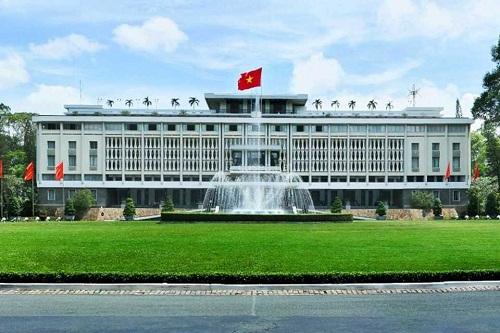 Những địa điểm phải đến ở Sài Gòn - Ảnh 8
