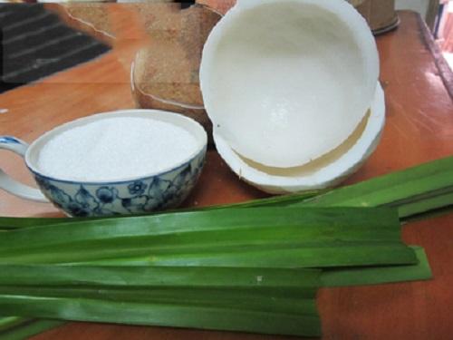 Cách làm mứt dừa bằng lá dứa cực đơn giản tại nhà - Ảnh 1